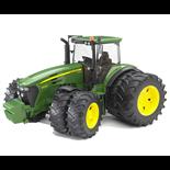 Bruder John Deere 7930 Traktor med Tvillinghjul