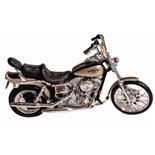 Maisto Harley Davidson FXDWG Dyna Wide Glide 1:18