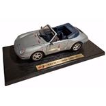 Maisto Porsche 911 Carrera Cab -94 1:18