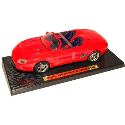 Maisto Mustang Mach III 1:18, 31815