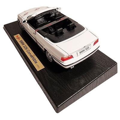 Maisto BMW 325i Cabriolet -93 1:18 Vit, 31812