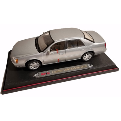 Maisto Cadillac 2000 DeVille DTS 1:18, 31877
