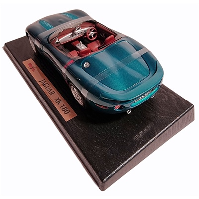 Maisto Jaguar XK 180 1:18, 31867